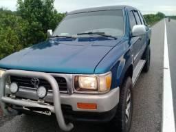 Vende-se Hailux 2.8 4x4 diesel - 1999