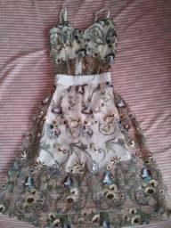 Vestido Midi para festa LINDOOO em renda floral, usado apenas 1 vez, tamanho PP