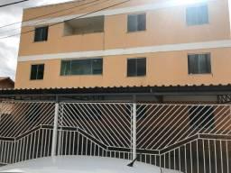 Alugo 2 quartos no Jockey R$ 650,00 - água - condomínio e IPTU incluso