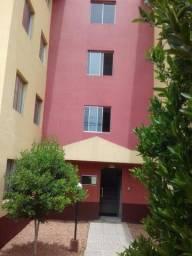 Título do anúncio: Apartamento Santa Quitéria. 180.000 - Use FGTS, carta, carro, proposta