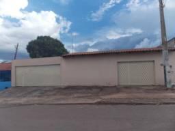 Venda de Excelente Lote Com 2 Casas, Escriturada, na QD 478 no Pedregal Novo Gama/GO