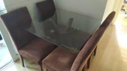 Título do anúncio: Mesa de Jantar tampo de Vidro base de Madeira com 4 cadeiras