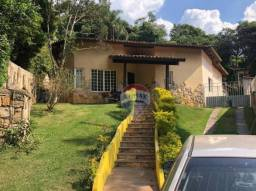 Casa térrea com piscina e 5 dormitórios para alugar, 320 m² por R$ 5.294/mês - Vila Verde