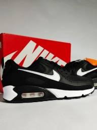 Nike Air Max 90 Black/White Feminino