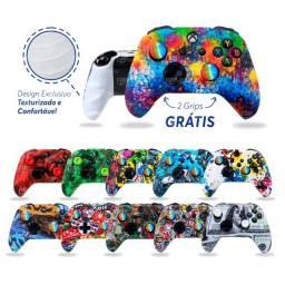 Título do anúncio: Capa Skin Case Protetora Controle de Xbox One X S, Grátis 2 grips até 12x no cartão