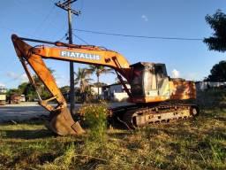 Escavadeira fx215