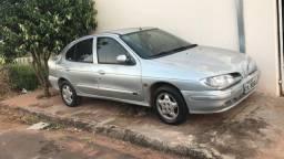 Título do anúncio: Renault Megane 1999