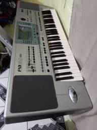 Título do anúncio: Vendo teclado da marca korg PA 50(incluso pedestal)
