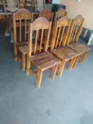 6 Cadeiras de madeira antigas