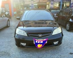 Honda Civic barato leia.