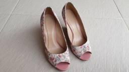 Sapato feminino Belíssima tamanho 36