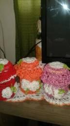Vidros decorados em crochê
