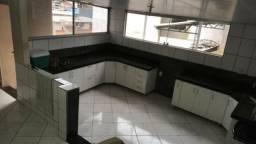 Casa em Ipatinga, Dois pav., 3 qts, total de 200 m². Aceita finan. Valor 350 mil