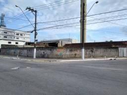 Terreno para alugar, 681 m² por R$ 8.000,00/mês - Caiçara - Praia Grande/SP