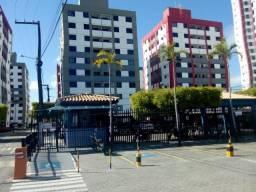 Aluga-se apartamento com 3/4 sendo 1 suíte - Cond. Porto das Águas - Bairro Luzia