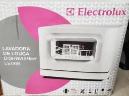 Lavadora de louça Electrolux Dishwasher LE06B
