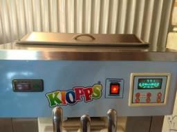 Vende_se uma maquina de sorvete expresso