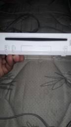 Vendo Nintendo Wii = 180 reais