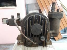 Compressor de ar. (Palhetas)