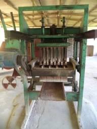 Máquina de fabricar blocos