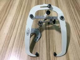 Articulador semi ajustável