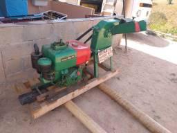 Máquina de ração pra gado a diesel