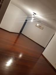 Vendo Apartamento 2° Andar
