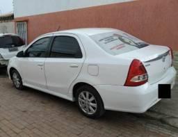 Etios Sedan 1.5 xls Branco 2017-2018 - 2017
