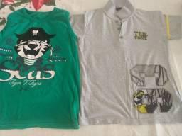 Duas camisetas Tigor