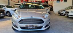 Ford fiesta Hatch 1.6 automático 14/15