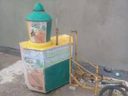 Carrinho de agua de coco ou suco