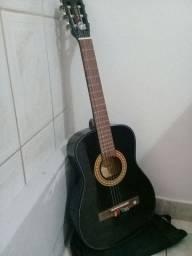violão preto da marca Vogga