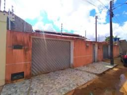 ALUGO casa com 3-Quartos em ARAPIRACA