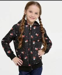 Jaqueta infantil Minnie modelo puffer com capuz, tecido poliéster idade 06