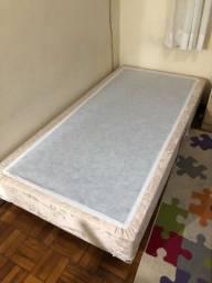 VENDO suporte cama box solteiro 2m x 1m (sem colchão)