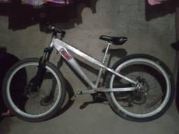 Bicicleta trust aro 26