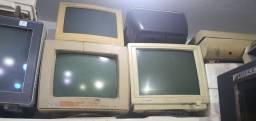 Lote de PCs antigos