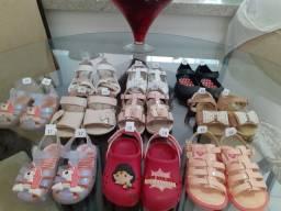 Sandalinhas e sapatinhos