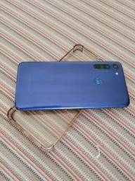 Título do anúncio: Moto G8 azul navy, 64gb, só venda, trinco na tela
