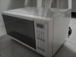 Título do anúncio: Microondas Panasonic Semi espelhado 30L<br>