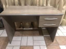 Mesa com gavetas pra escritório