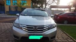 Honda City LX 1.5 - Automático e bancos de couro - cor Prata