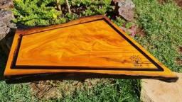 Título do anúncio: Tábua de corte em madeira de Moreira/Tajuvira-ouro