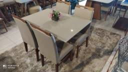 Título do anúncio: Mesa 4 na madeira resistente de jantar