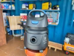 Título do anúncio: Aspirador de pó e água 1.250W