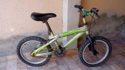 Bicicleta infantil usada