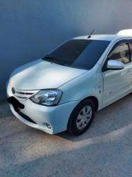 Título do anúncio: Toyota Etios xs 1.5 sedã automático 2017