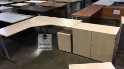 Título do anúncio: Mesa em L para escritório usada em Jundiaí