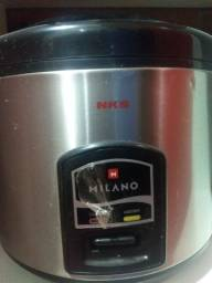 Panela elétrica NKS Nunca Usada