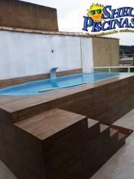 Título do anúncio: Piscina de fibra + deck de alvenaria com escada e lava pé
